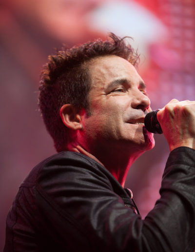 Pat Monahan of Train playing in Camden NJ